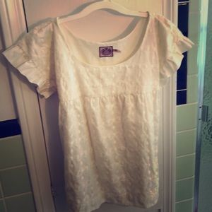 Cream scoop necked top with side buttons